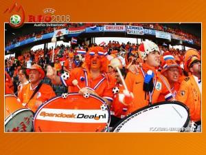 netherlands_fans_1_1024x768